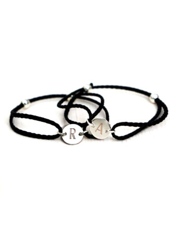 Filigranes Armband mit individueller Gravur