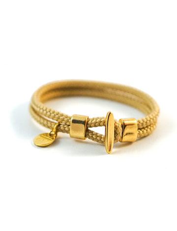 Vergoldetes einfarbiges Armband mit Knebelverschluss